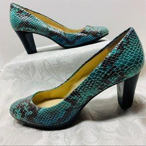 Calvin Klein Blue Green Black Snakeskin Heels 6.5